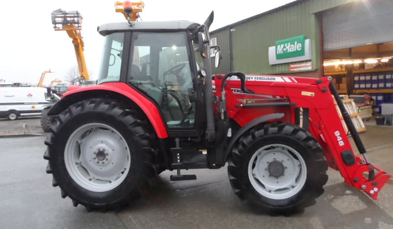 Massey Ferguson 5455 & 946 Loader full